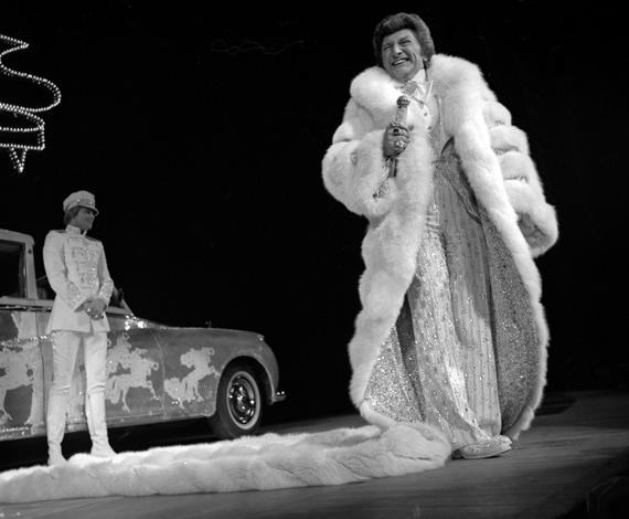 4/17/79 Liberace show at the Las Vegas Hilton
